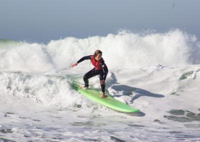 Clase de surf Peña Txuri Chica